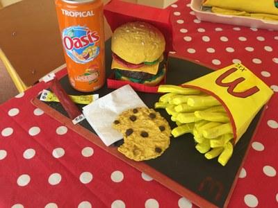 college-saint-joseph-fake-food
