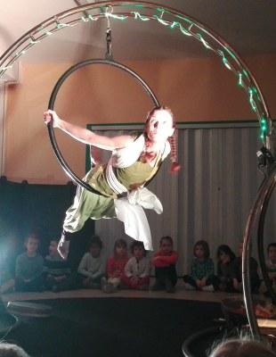 la-providence-centre-spectacle-cirkle-pour-les-eleves-de-maternelles