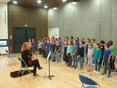 la-providence-vert-buisson-spectacle-musical-des-cp-et-ce1