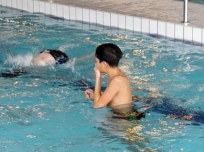 la-providence-centre-les-cm2-vont-a-la-piscine-depuis-le-12-decembre